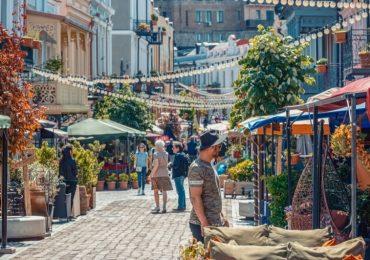 Туристы каких стран тратят больше всех денег и путешествуют дольше всех в Грузии