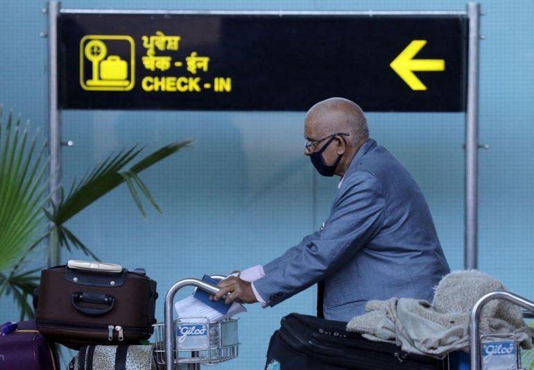 ავიაკომპანიები მგზავრებს პირბადეების გამოყენებისკენ მოუწოდებენ