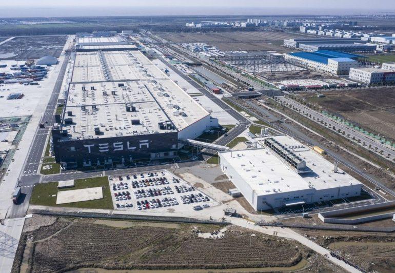 Tesla-მ შანხაიში მდებარე უმსხვილესი ქარხნის მუშაობა მოულოდნელად შეაჩერა