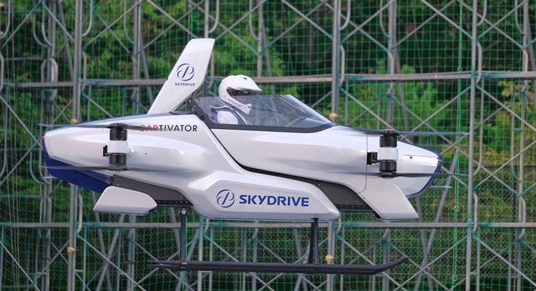 იაპონიაში მფრინავი ავტომობილის პროტოტიპს ტესტავენ