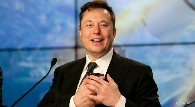 Elon Musk gets closer to $346m payout as Tesla value touches $100bn