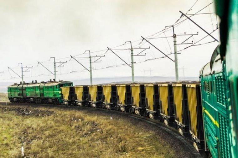 The volume of cargo shipped through the Georgian corridor reduces