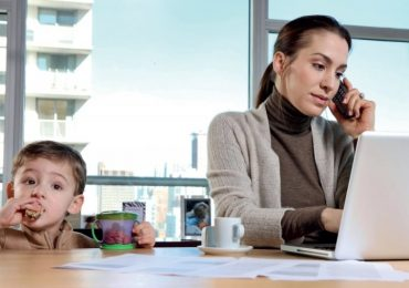 ბავშვებისთვის უკეთესია, თუკი დედა დასაქმებულია