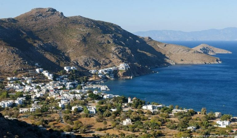 Greece wants to open up for tourism, but could it be too soon?