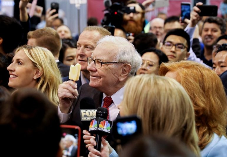 Buffett's Berkshire to buy Dominion Energy gas assets for $4 billion