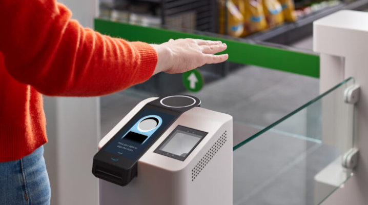 Amazon introduces ability to pay with your hands