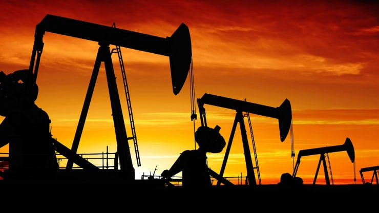 Oil prices plunge more than 26% after OPEC deal failure sparks price war