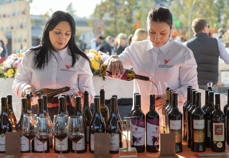 საქართველოს ბანკის მხარდაჭერით კოლხური ღვინის ფესტივალი გაიმართა