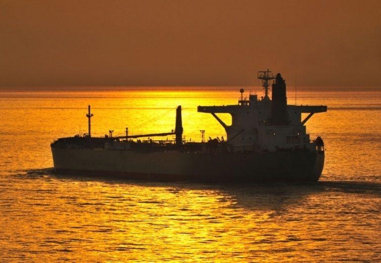 Импорт нефтепродуктов растет
