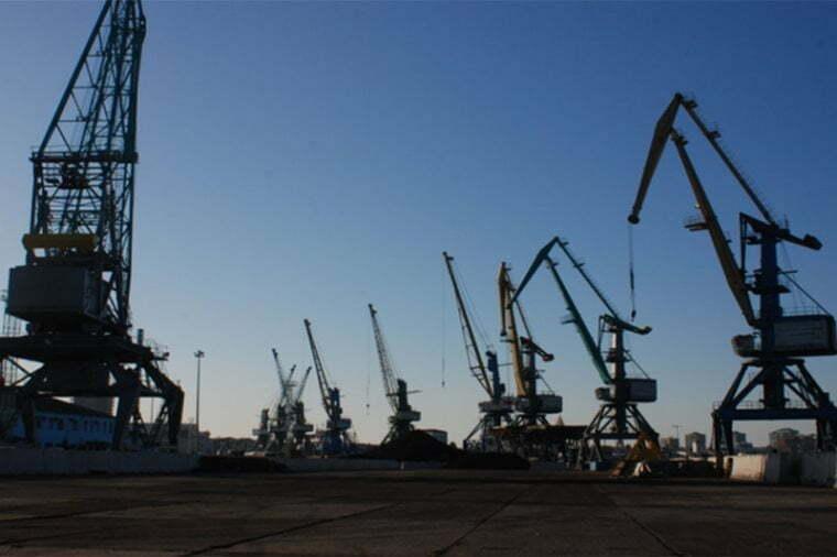 Объем нефтепродуктов, поставляемых в батумский порт, уменьшился на 29%