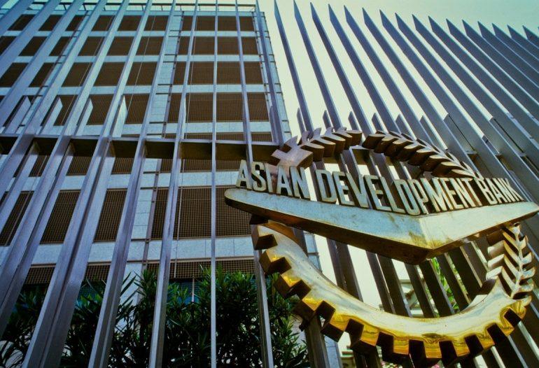 ADB ანტიკრიზისულ დახმარებას $20 მილიარდამდე ზრდის