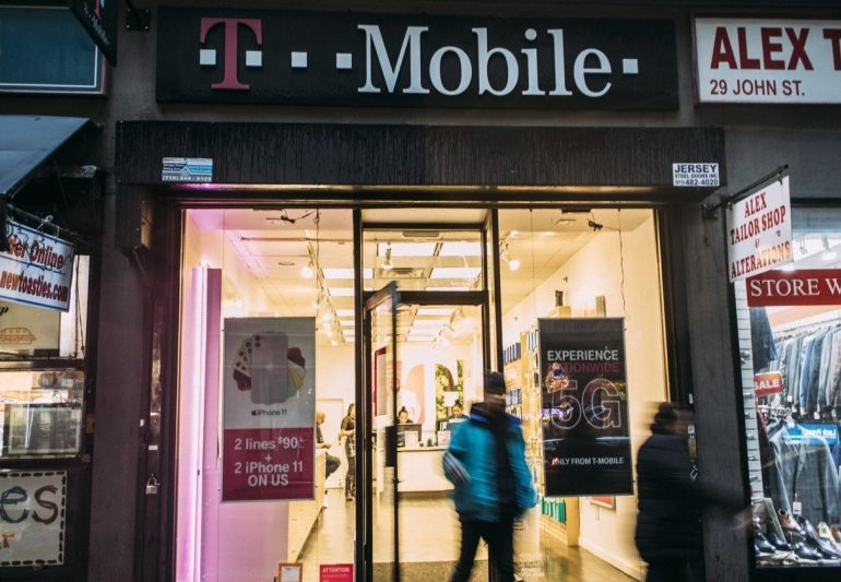 SoftBank in Talks to Sell T-Mobile Shares to Deutsche Telekom