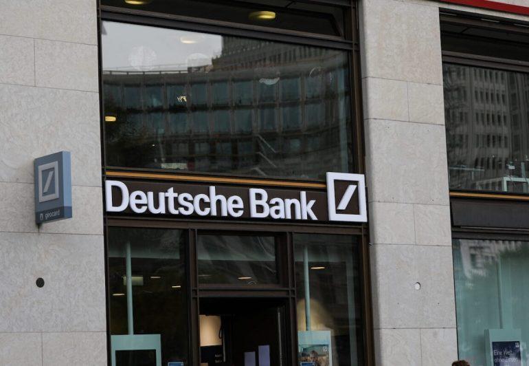 Deutsche Bank-მა 5 000-მდე თანამშრომელს 2021 წლის ივლისამდე სახლიდან მუშაობის უფლება მისცა
