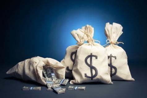 აგვისტოში კომერციულმა ბანკებმა 1.3 მილიარდი დოლარი გაყიდეს