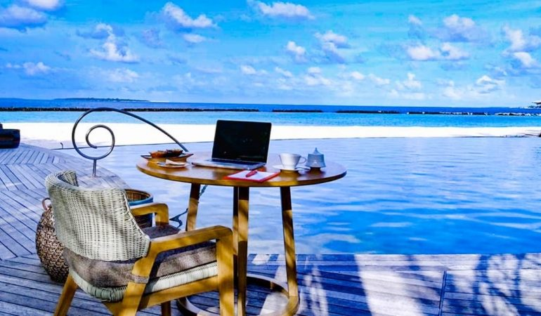 Maldives resort launches $23,250 luxury remote working package - CNN