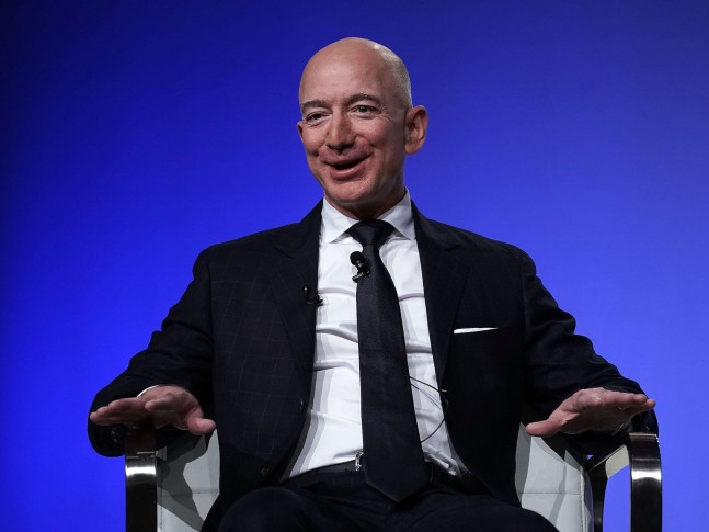 Jeff Bezos buys a $16 million apartment in New York
