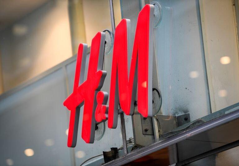 შვედეთის თანასწორობის ომბუდსმენი H&M-ის მიერ შესაძლო რასობრივი დისკრიმინაციის შემთხვევას იკვლევს