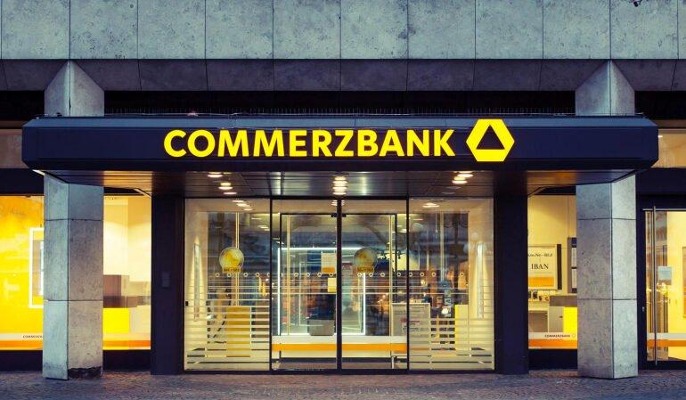 Commerzbank სამუშაო ადგილების 10000-ით შემცირებას და 340 ფილიალის დახურვას გეგმავს