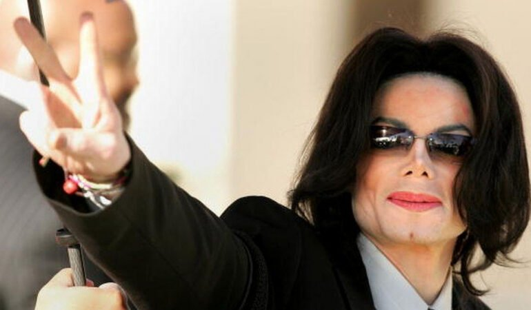 Michael Jackson: Neverland Ranch 'sold to billionaire for $22m'