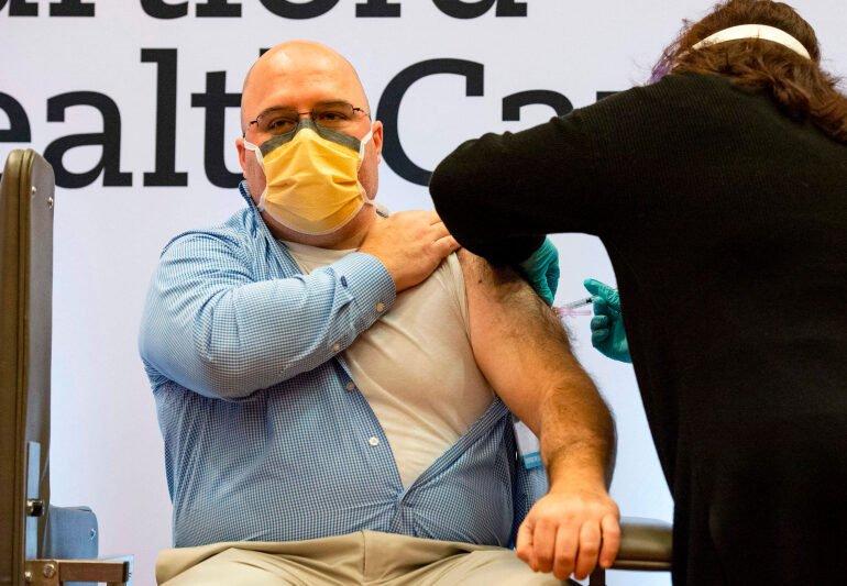 აშშ-ში ჯერ მხოლოდ 1 მლნ მოქალაქეს გაუკეთეს კოვიდ-აცრა - დეკემბრის მიზანი 20 მლნ ადამიანის ვაქცინაციაა