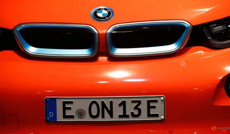 BMW aims for 20% of its vehicles to be electric by 2023 - paper