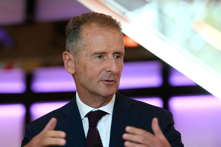 Volkswagen CEO: I'm not scared of Apple
