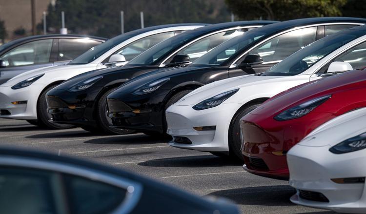 Tesla-მ შესაძლოა მალე ელექტრომობილი ბითკოინებში გაყიდოს