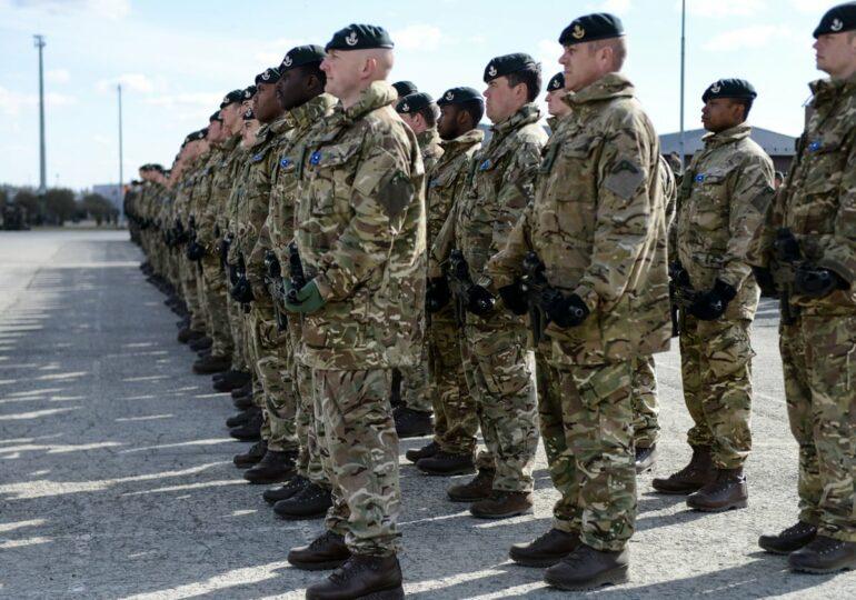 გაერთიანებული სამეფო თავდაცვის რეფორმის შემდეგ სამხედრო ძალების რაოდენობას შეამცირებს