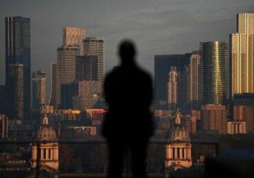 Asian cities challenge London for world's No. 2 financial center title