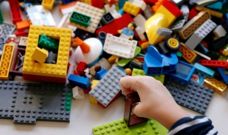 Lockdown brings double digit growth to Lego as families build together