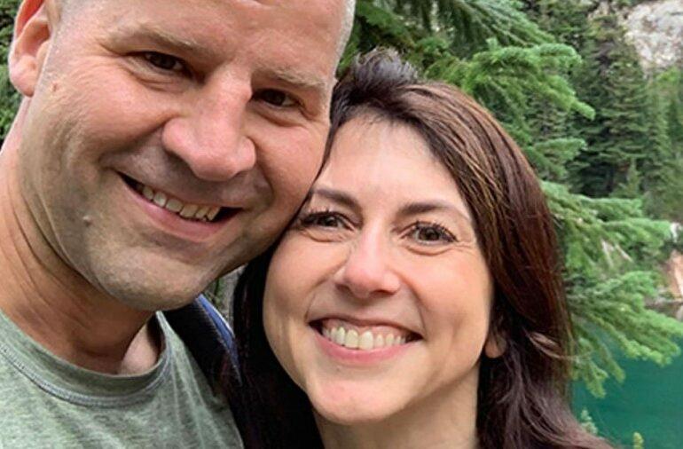 Billionaire MacKenzie Scott remarries, tying the knot with a Seattle schoolteacher