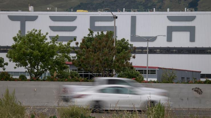 კალიფორნიაში, Tesla-ს ქარხანაში ხანძარი გაჩნდა