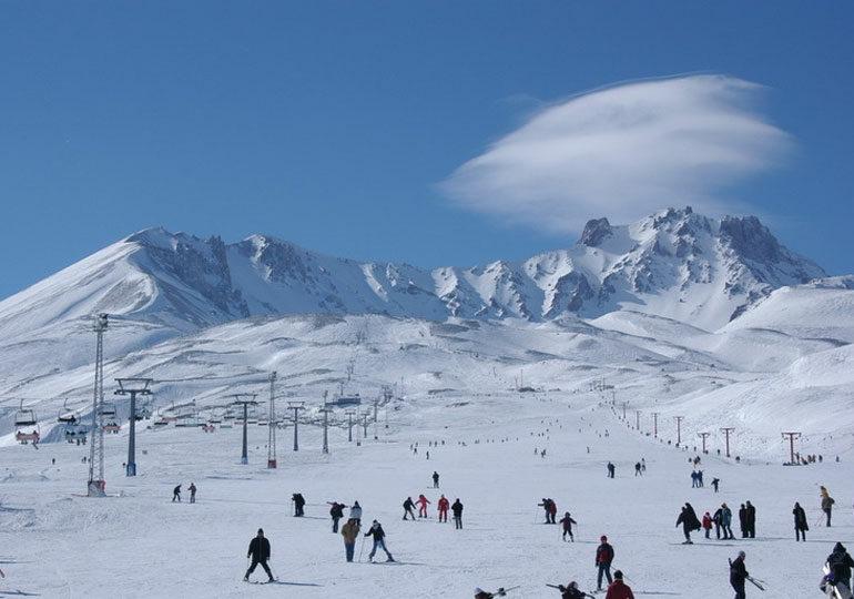 """""""თურქეთს ზამთრის ტურიზმის მიმართულებით უზარმაზარი პოტენციალი აქვს"""", - სარა ლუისი"""