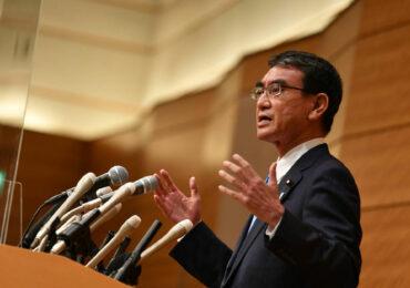 იაპონიის ვაქცინაციის მინისტრი პრემიერმინისტრობისათვის იბრძოლებს
